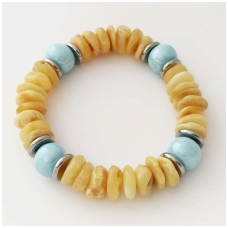 Bracelet from amber with ceramic