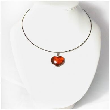 Širdelės formos gintaro pakabukas 2
