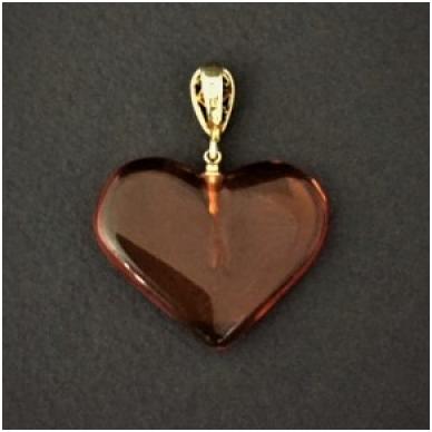 Širdelės formos pakabukas iš gintaro 2
