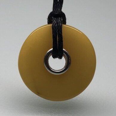 Geltono gintaro pakabukas - karoliukas